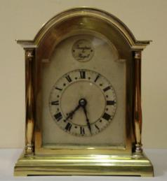 French brass case 8 day mantel clock timepiece