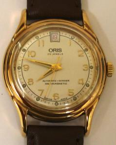 Oris classic 7317 automatic wrist watch with date display.
