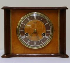 english smiths enfield wood veneer cased 8 day gong strike mantel clock