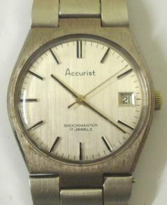 accurist swiss manual wind wrist watch 17 jewel signed movement stainless steel bracelet